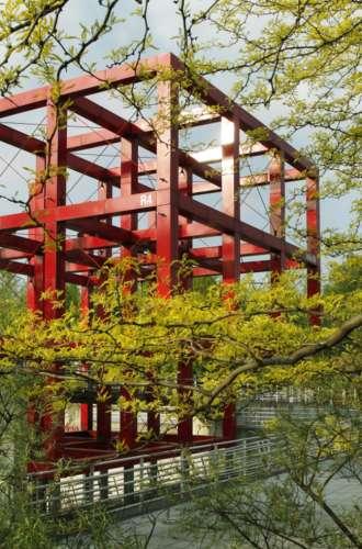 Parc de la Villette%252C la Folie escalier%252C Paris 2011 Marie-Sophie Leturcq