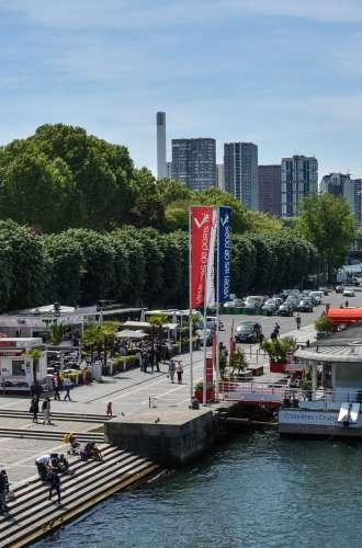 Vedettes de Paris au Port de Suffren%252C 2017. A.Nestora