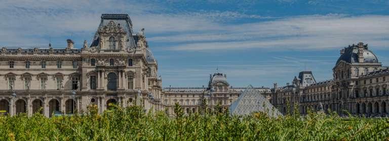 Musée du Louvre, Pyramide, depuis le Jardin des Tuileries, Paris 2017 Van Biesen / Ooshot / CRT Paris Ile-de-France