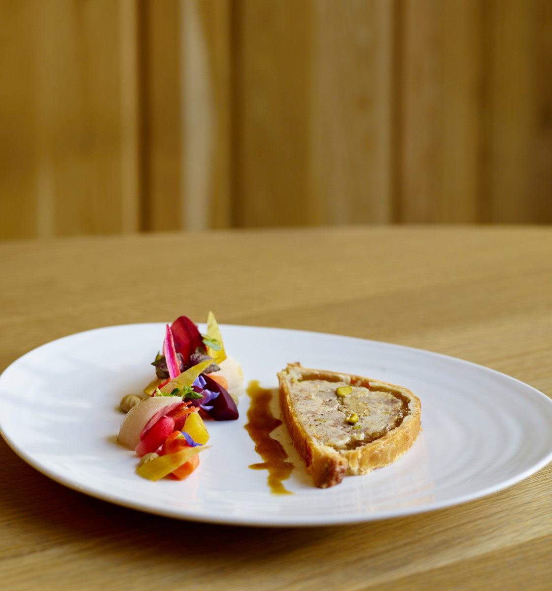 Pâté en croûte de tradition au canard et foie gras Pâté en croûte de tradition au canard et foie gras