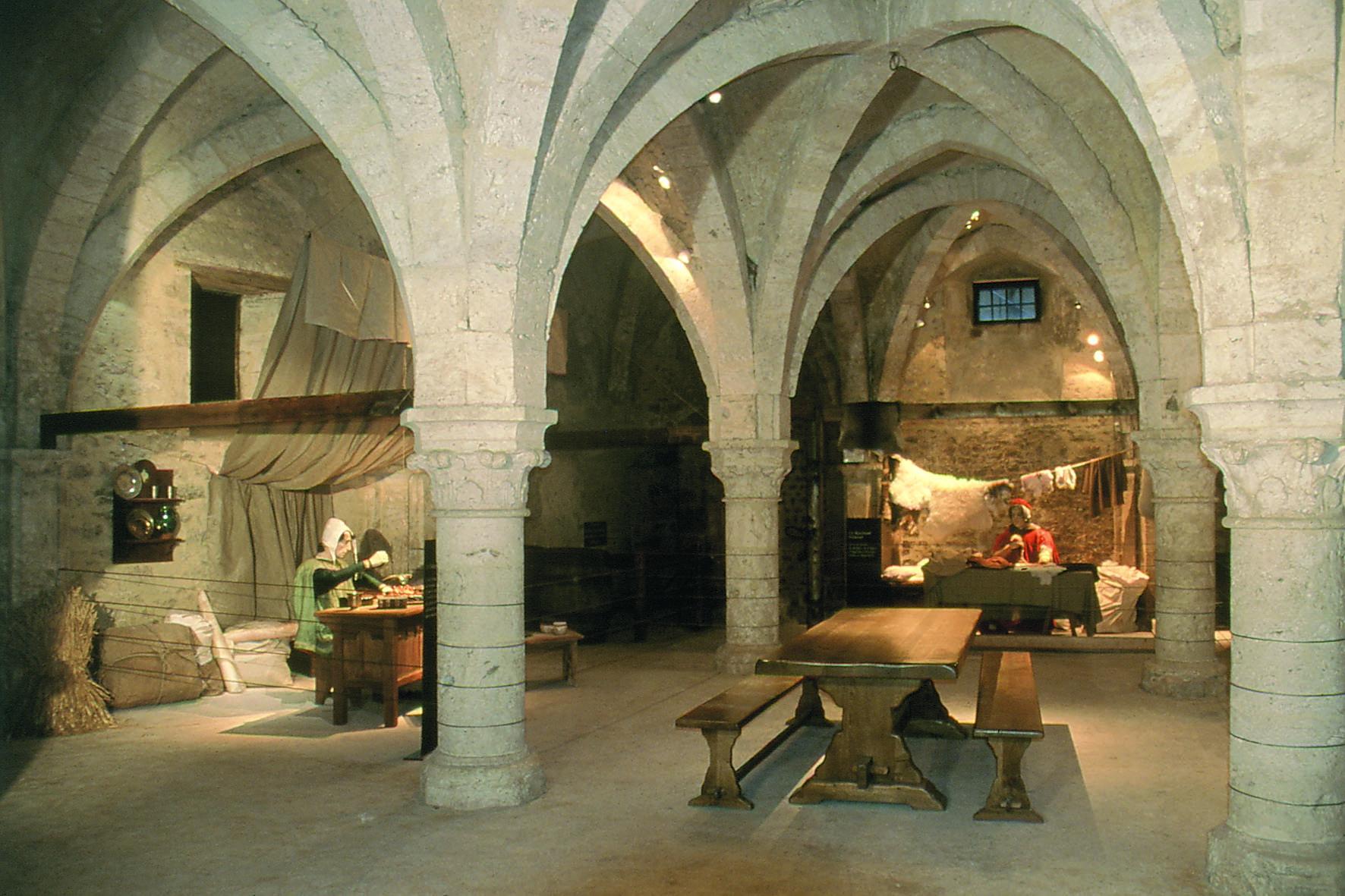 Provins%252C grange aux dîmes musée de Provins et du Provinois