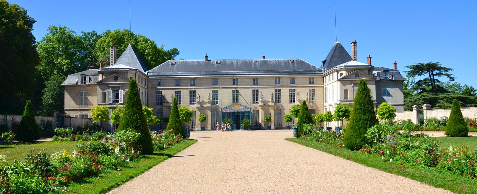 Façade du château de Malmaison%252C Rueil-Malmaison%252C 2013. Office de Tourisme de Rueil-Malmaison