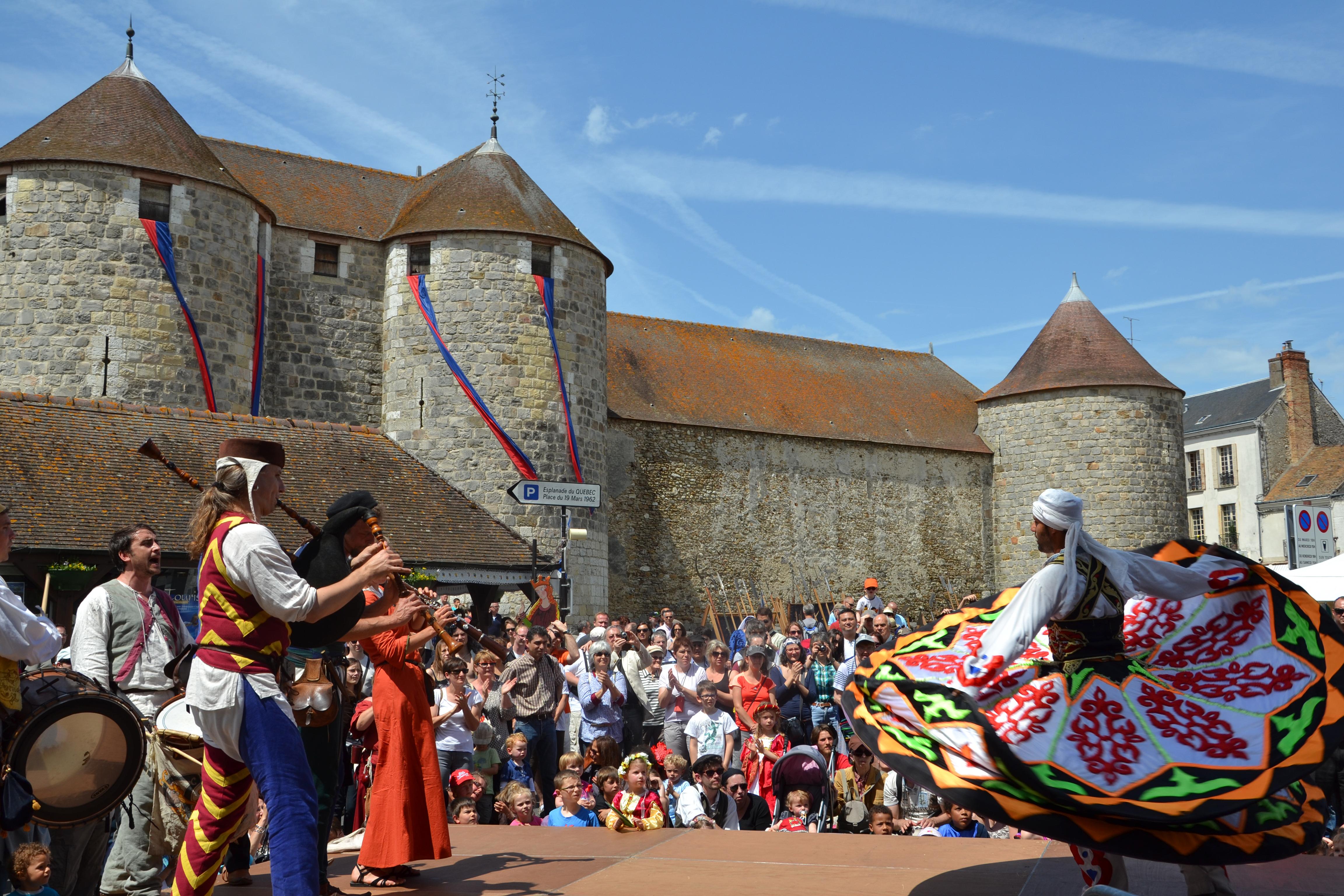 Fête médiévale de Dourdan Dourdan Tourisme