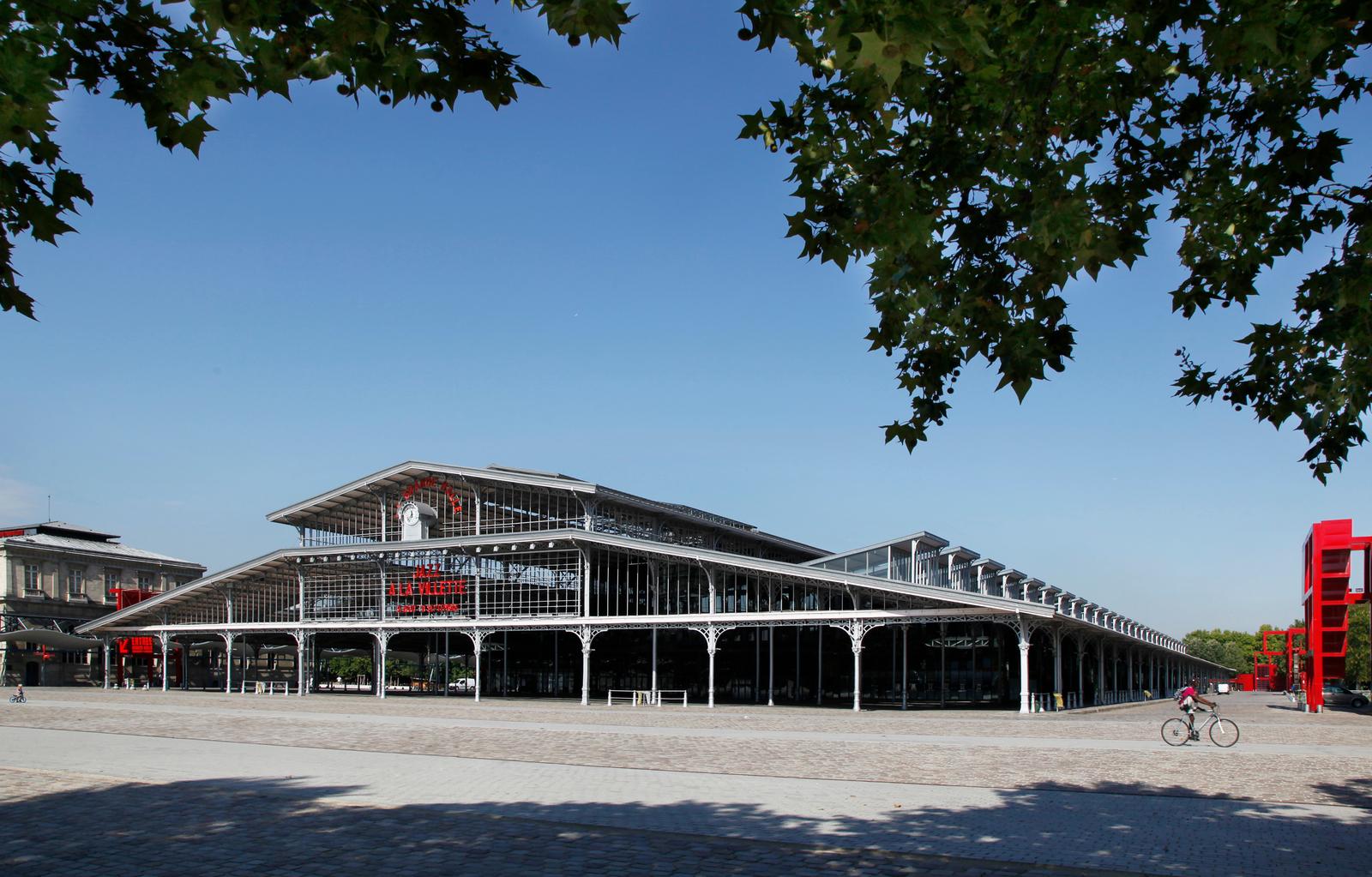 Parc de la Villette%252C la Grande Halle%252C Paris 2011 Jarry-Tripelon - CRT Paris Ile-de-France