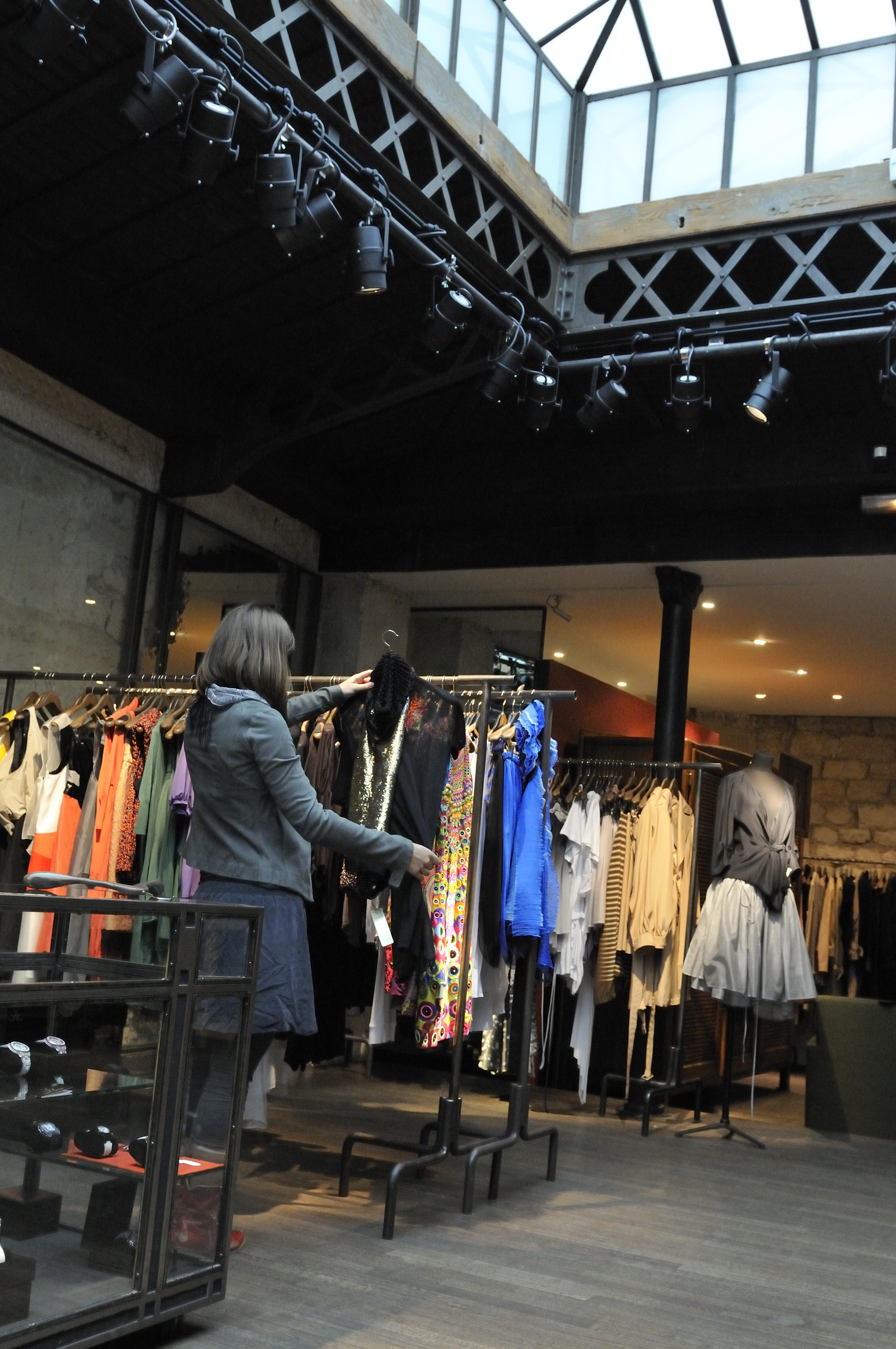 Boutique l'Eclaireur%252C quartier du Marais%252C Paris 2008. Jarry-Tripelon %252F CRT Paris Ile-de-France