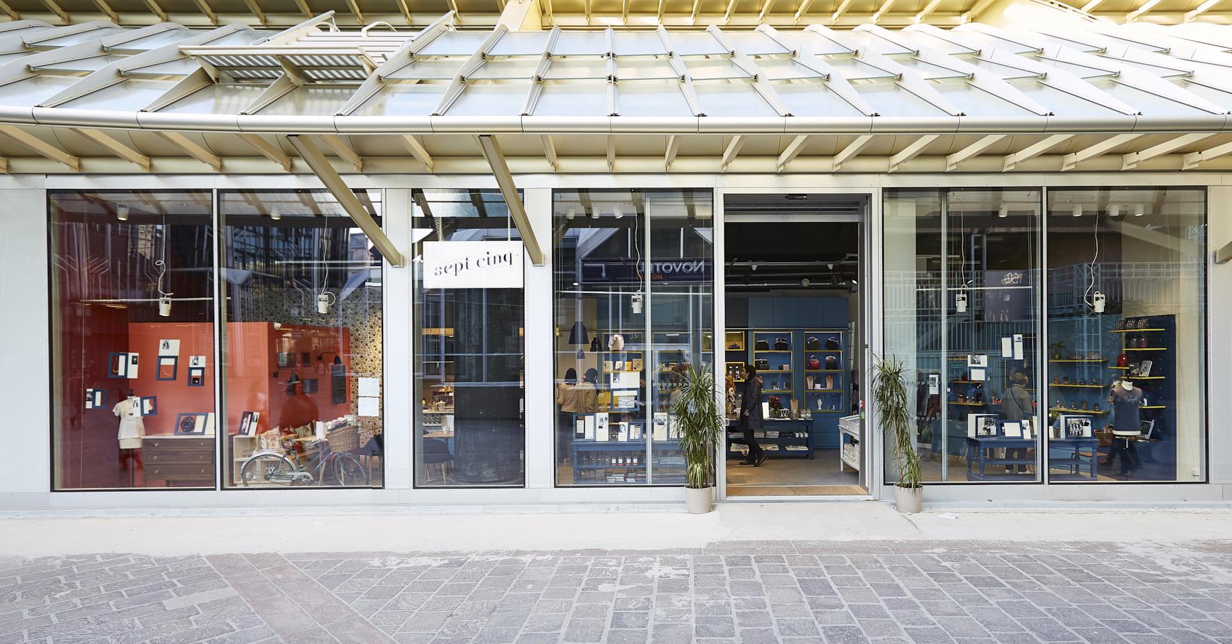 Boutique Sept-Cinq%252C Paris%252C 2016. G. Hermach