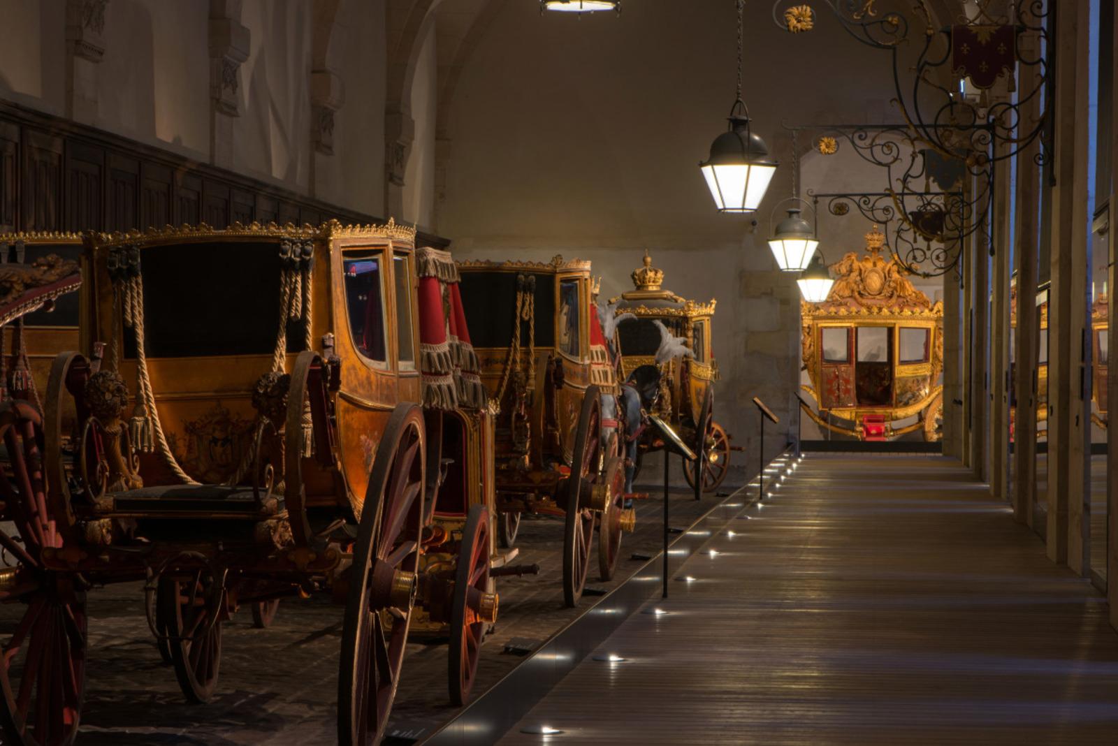 La Galerie des Carrosses%252C Coupé de la présidence de la république%252C château de Versailles%252C 2015. T.Garnier %252F Château de Versailles
