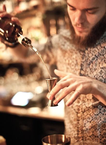 Expérimental Cocktail Club Le bar