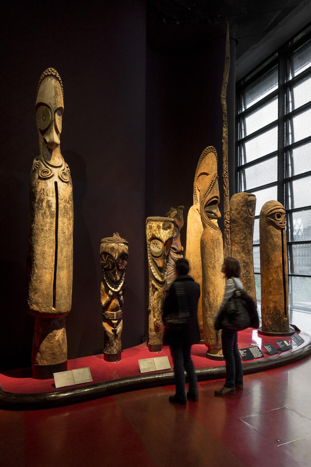 Le plateau des collections%252C zone Océanie Musée du quai Branly - Jacques Chirac Musée du quai Branly - Jacques Chirac%252FP. Tourneboeuf