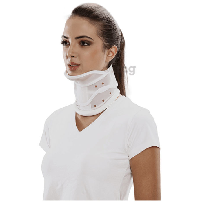 Tynor B-20 Cervical Collar Hard with Chin Small
