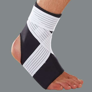 LP #728 NEOPRENE ANKLE SUPPORT  WITH STRAP (MEDIUM)