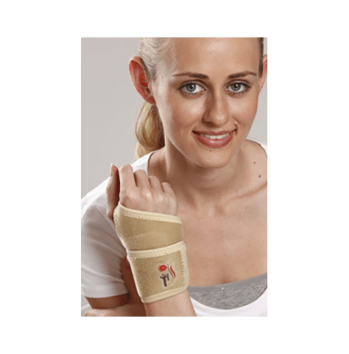 Tynor J 03 Wrist Brace with Thumb (Neoprene) Universal