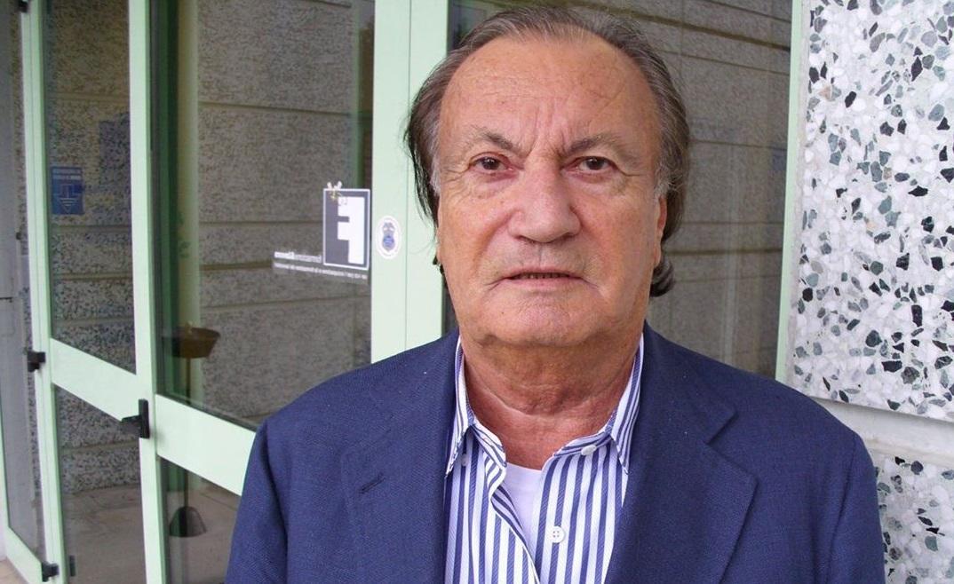 Знаменитый дизайнер Серджио Росси умер в Италии