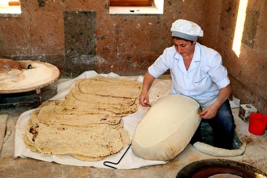 Армянский хлеб