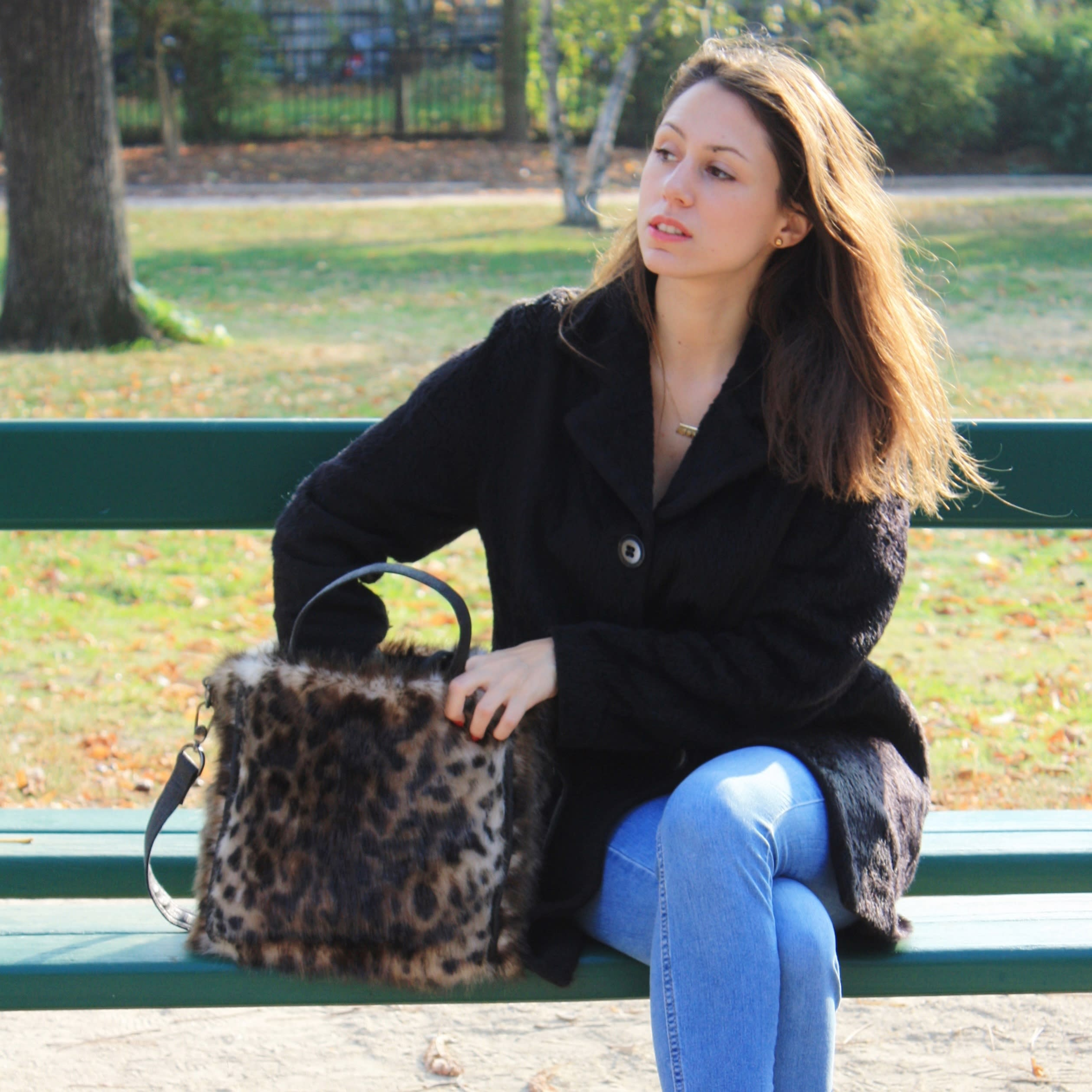 Faux fur tote, luxury leopard fur imitation bag with handles and removable strap.