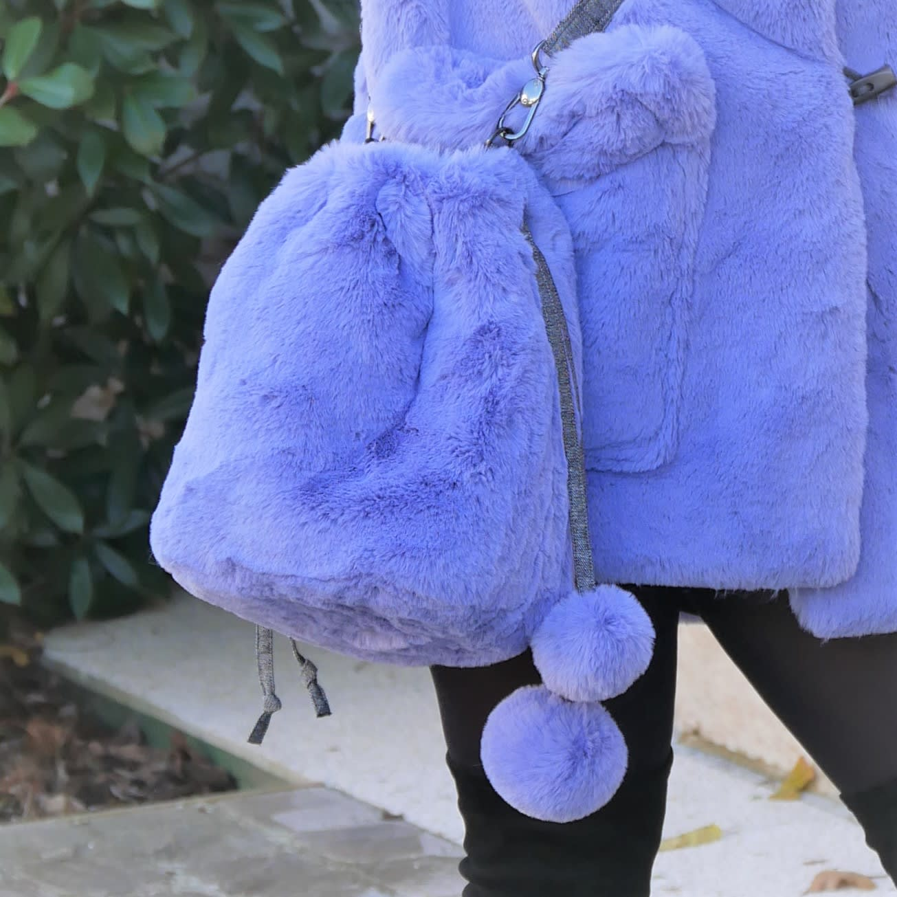Fur bucket bag. Purple blue lavender faux fur shoulder bag with adjustable strap. Luxury fashion fake fur soft bag, washable and easy going.