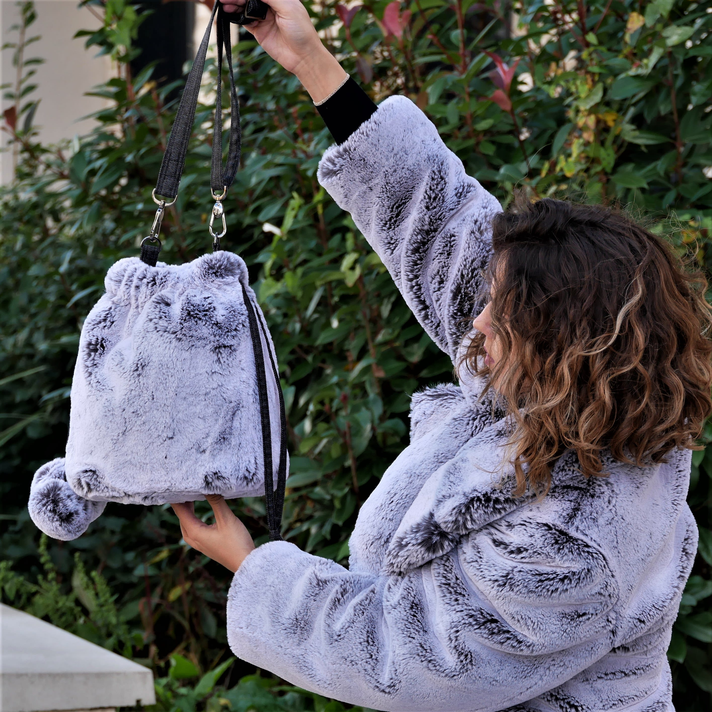 Fur bucket bag. Grey and white faux fur shoulder bag with adjustable strap. Luxury fashion fake fur soft bag, washable and easy going.