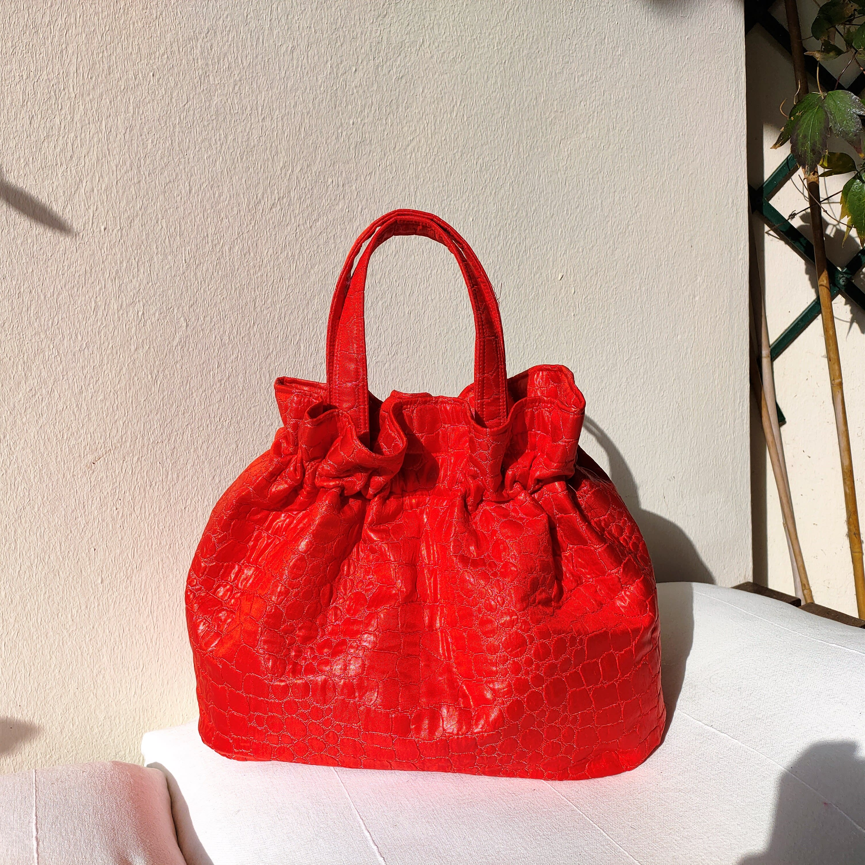 Red croco handbag. Vintage fabric purse with removable chain. Washable, handmade.