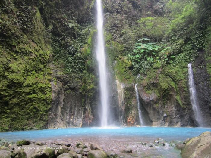 Air Terjun Telaga Dwi Warna Sibolangit - wisata air terjun sumatera utara
