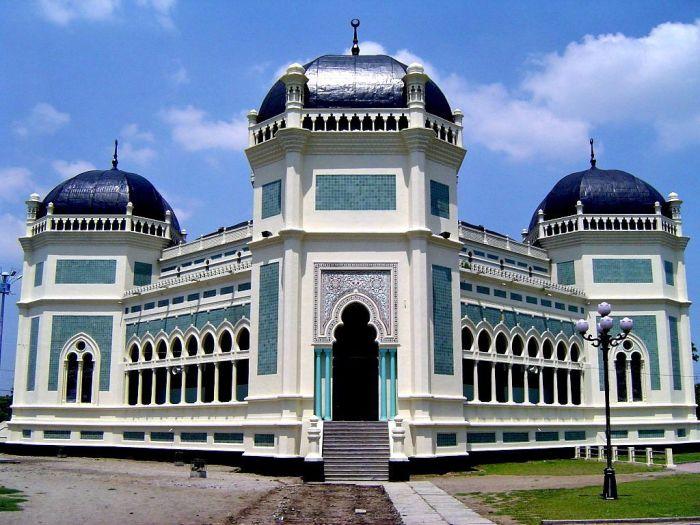 Tempat Wisata di Medan Sumatera Utara, Masjid Raya Medan