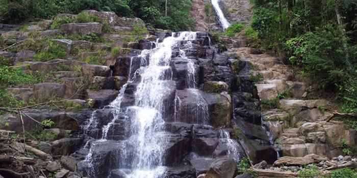 Air Terjun Tiga Tingkat, Padang