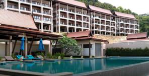 Hotels/Resorts