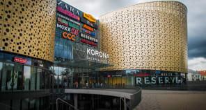 Malls / Movie Theaters