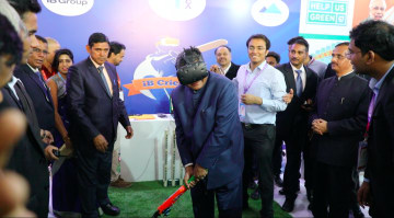 Union IT Minister Shri Ravi Shankar Prasad getting ready to play the new format of Cricket