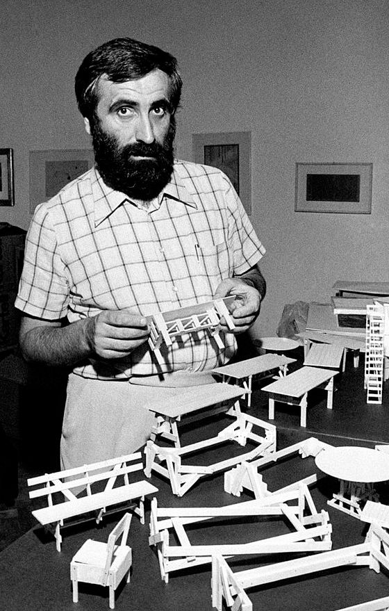 Enzo Mari, 1974
