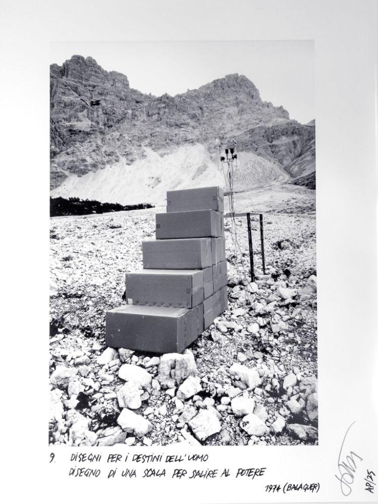 Ettore Sottsass, Disegni per i destini dell'uomo - 9, Disegno di una scala per salire al potere,  1974 (Balaguer)