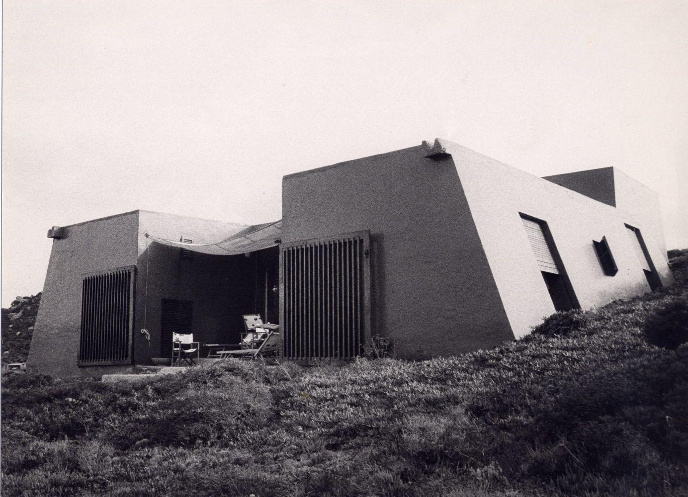 Cini Boeri, Casa Quadrata, 1967, isola de La Maddalena, foto di Giovanna Nuvoletti
