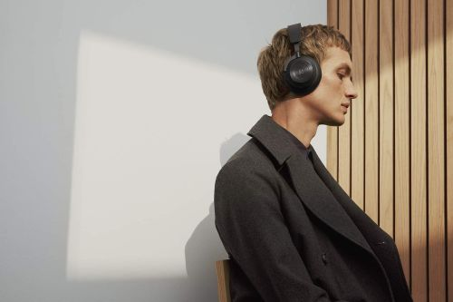 Bang & Olufsen Beoplay H9 3rd Generation (Matte Black)