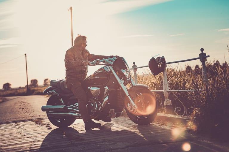 intruder motorrad werbefotografie