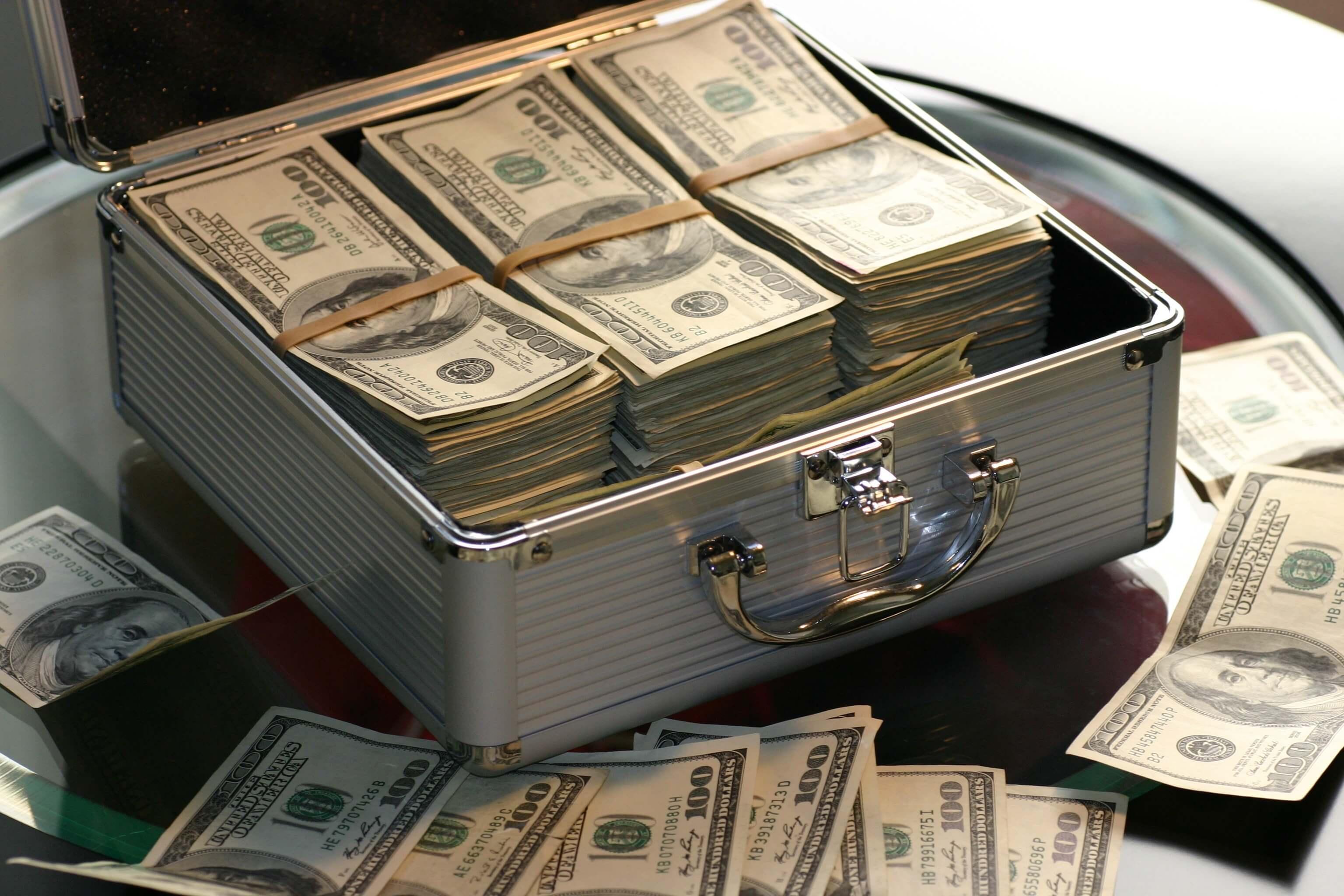 Money Luggage