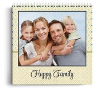Calendar personalizat - Happy Family - Calendar de perete cu spirala metalica si agatatoare - Portret mare (29x42 cm)