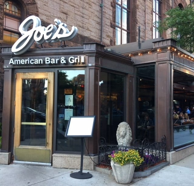 Joe's American Bar & Grill is a chain restaurant and it's hugely popular with locals who work and live in the area and with tourists. Family friendly and in the summer there is outdoor seating. This one is on fashionable Newbury Street near Boston's downtown core.