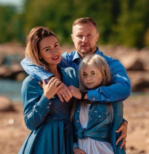 Дочь Вячеслава Малафеева прошла реабилитацию после возвращения домой