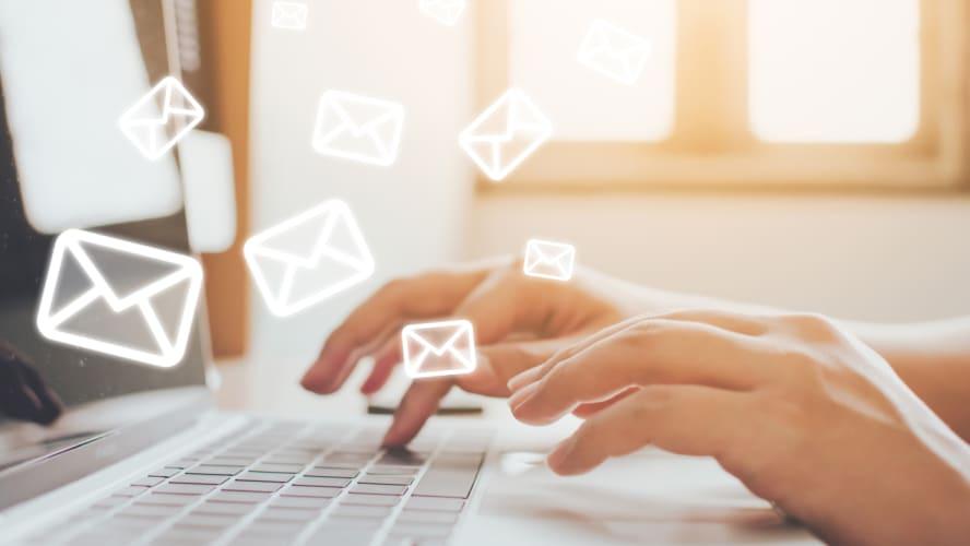 Por que os pequenos negócios deveriam investir em newsletters?