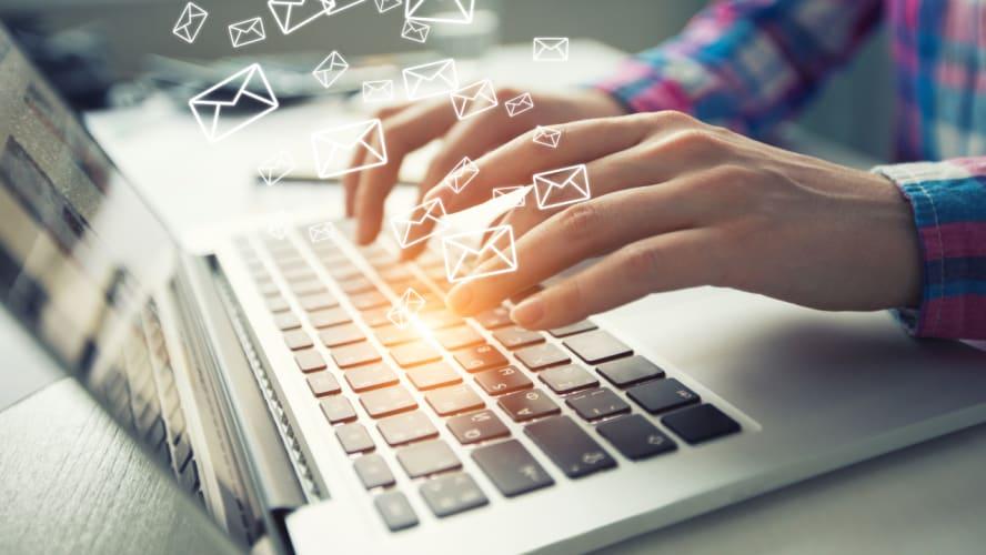 Por que é importante ter o contato dos seus clientes? E como conseguir?