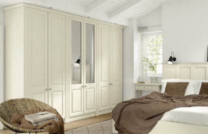 Premier Calcutta bedroom in Plain Ivory finish