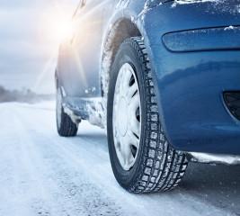 Sommerreifen im Winter: Kein Schutz der Autoversicherung?!