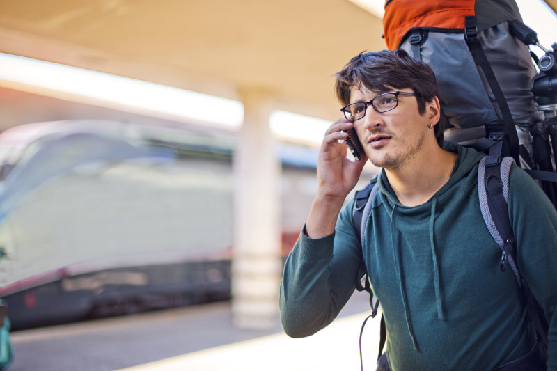 Handy im Ausland verwenden