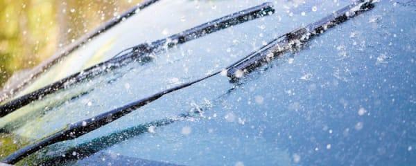 Hagelschaden am Auto: Wann zahlt die Kfz-Versicherung?
