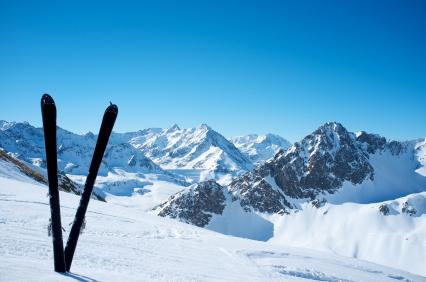 Richtig abgesichert im Skiurlaub