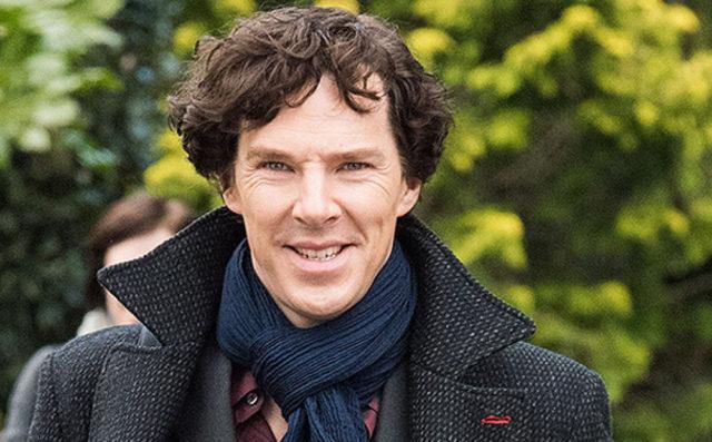 В день рождения Артура Конана Дойля: собрали мемы с Бенедиктом Камбербэтчем в роли Шерлока
