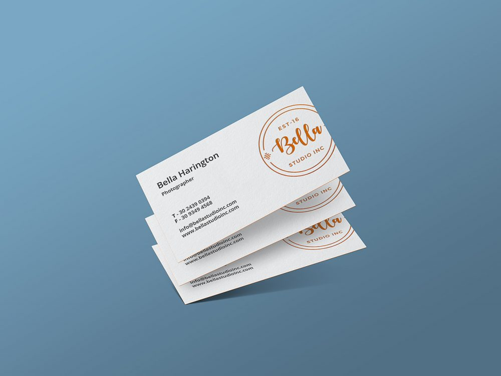 3 Business Cards Mockup