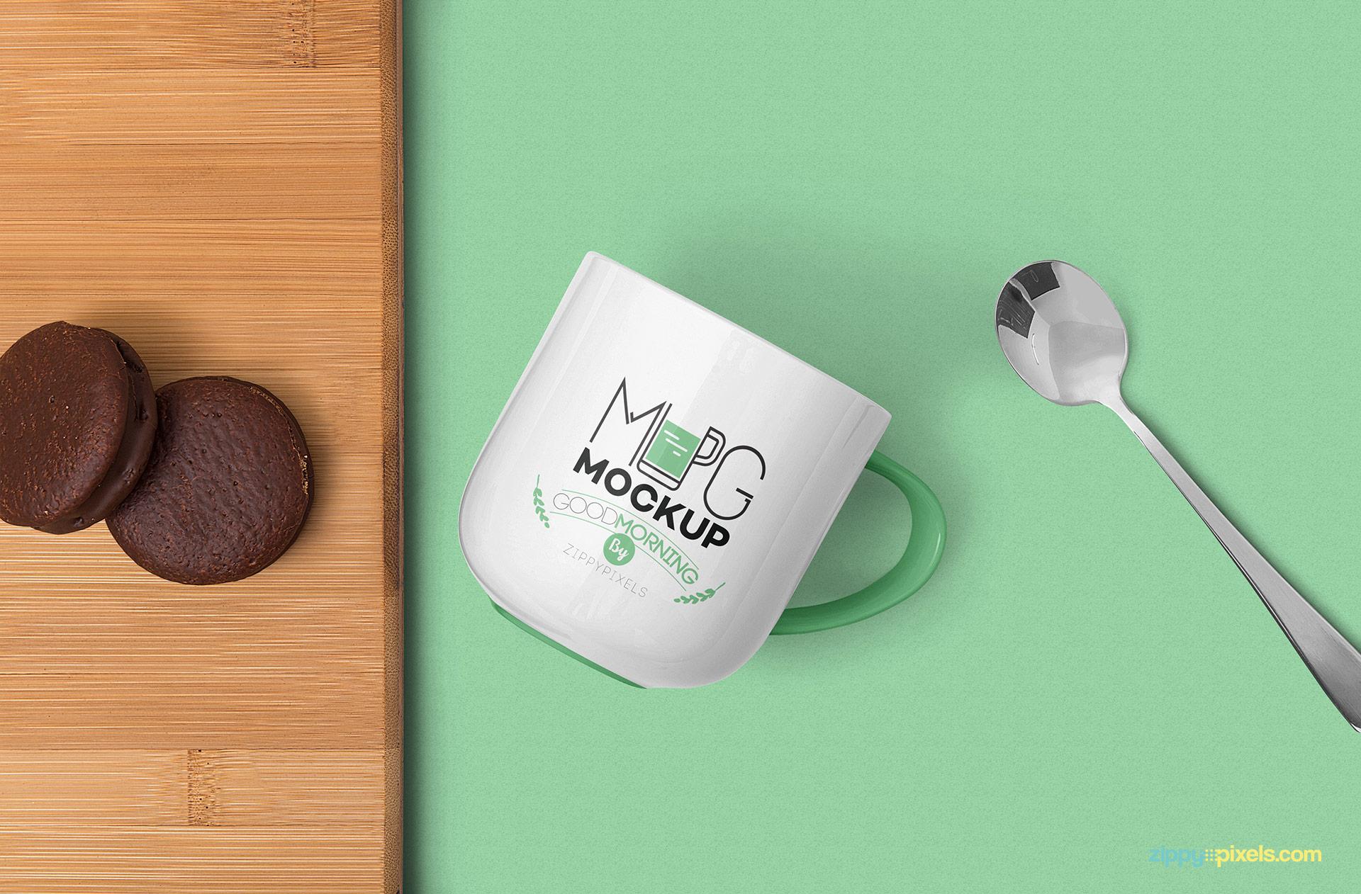 Free Lovely Mug Mockup PSD