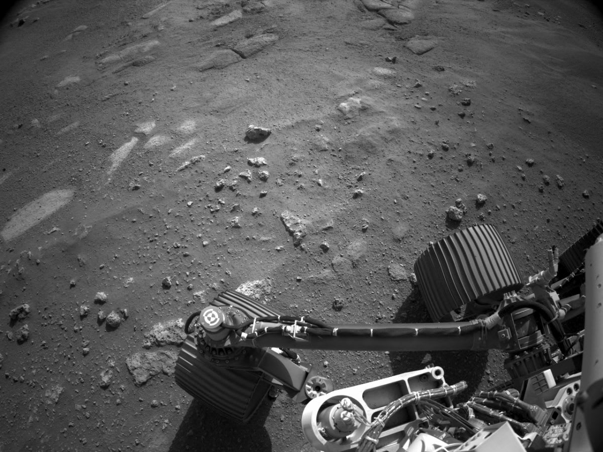 Listen to the Mars wind blow in these 1st sounds from the Perseverance rover