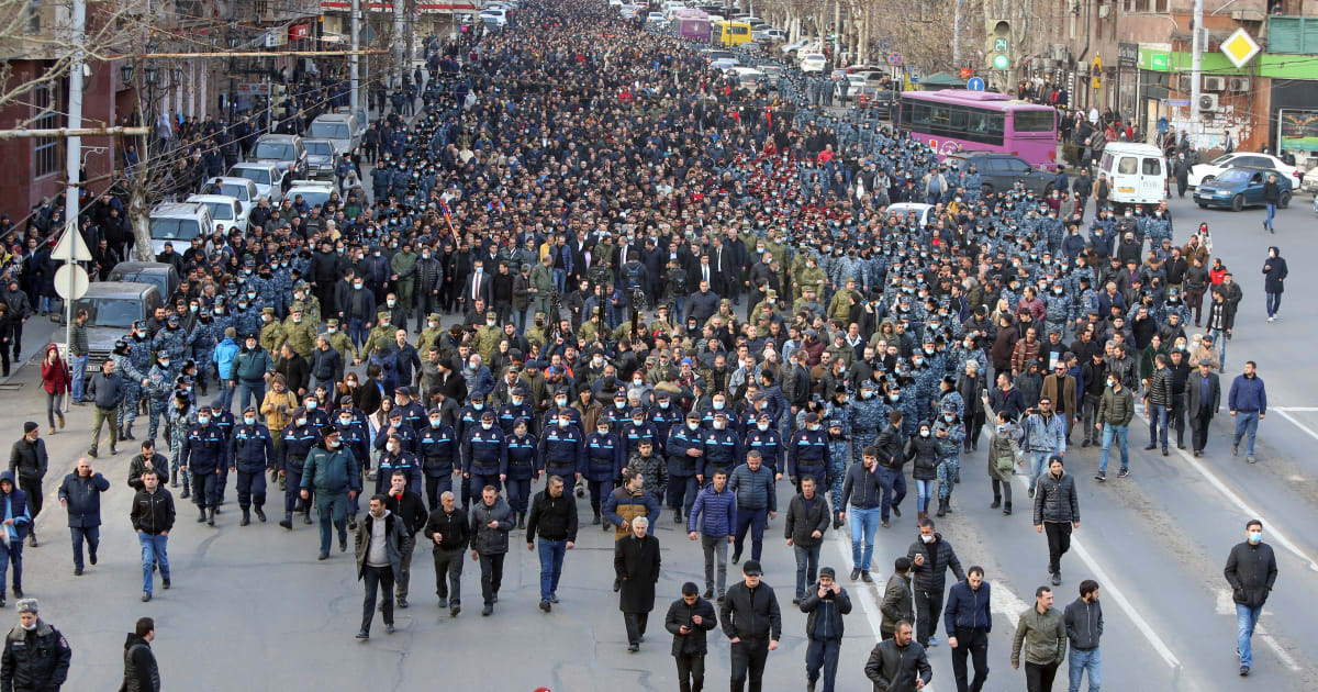 Thousands rally for Pashinyan as Armenia PM slams 'coup attempt'