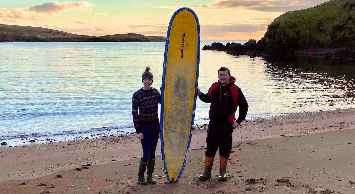 Surfer Reunited With His Board By Good Samaritans 400 Miles Away – A Month After it Floated Out to Sea - Good News Network